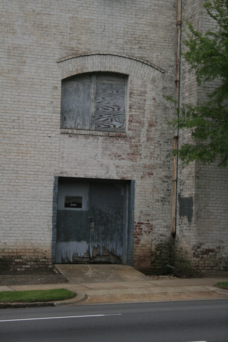 Old Wooden Garage Door 2 Image 800x1200 Pixels
