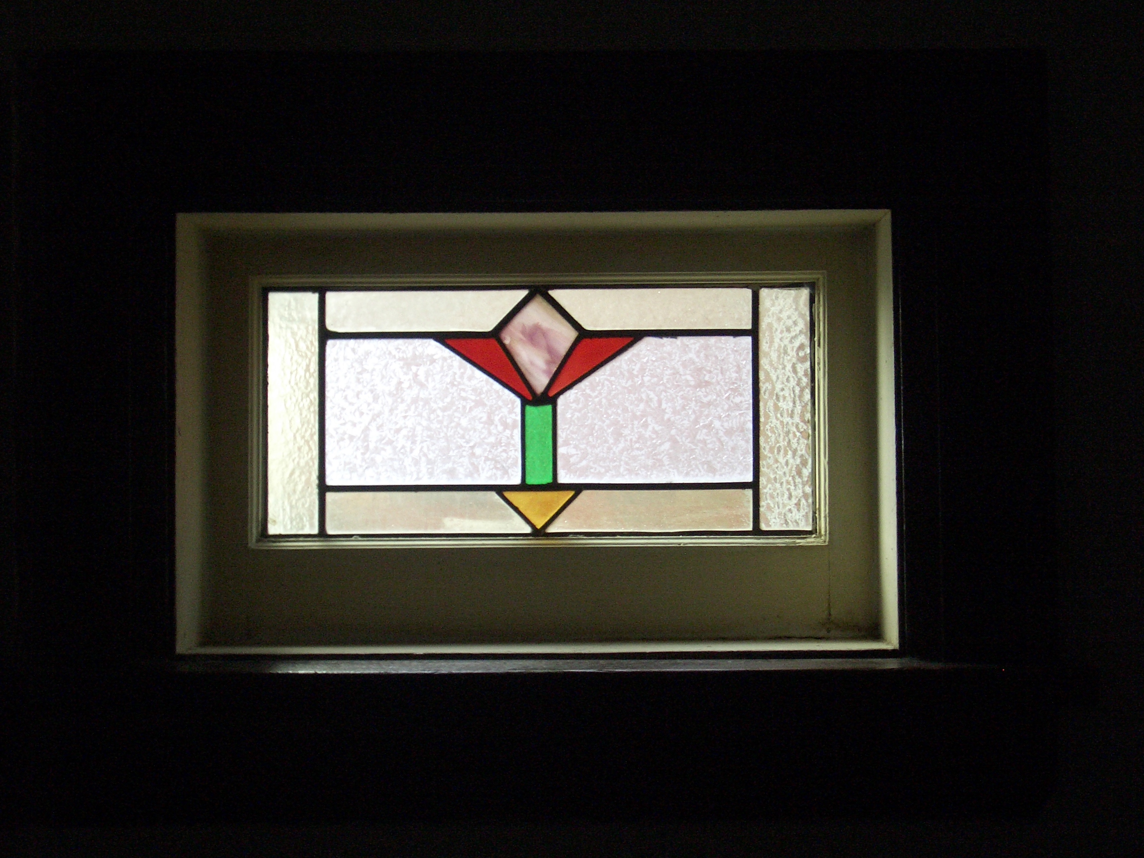 Art deco stained glass window image 500x375 pixels for Art deco glass windows