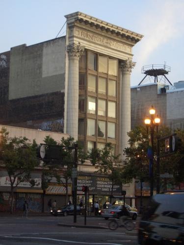 [Picture: San Francisco Buildings 2]