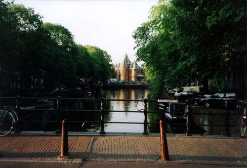 [Picture: canalbridge-bushuissluis]