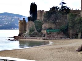 [picture: castle 2]