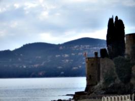 [picture: castle 9]