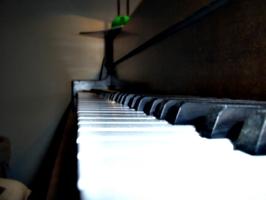 [picture: piano 1]