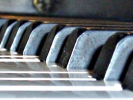 [picture: piano 2]