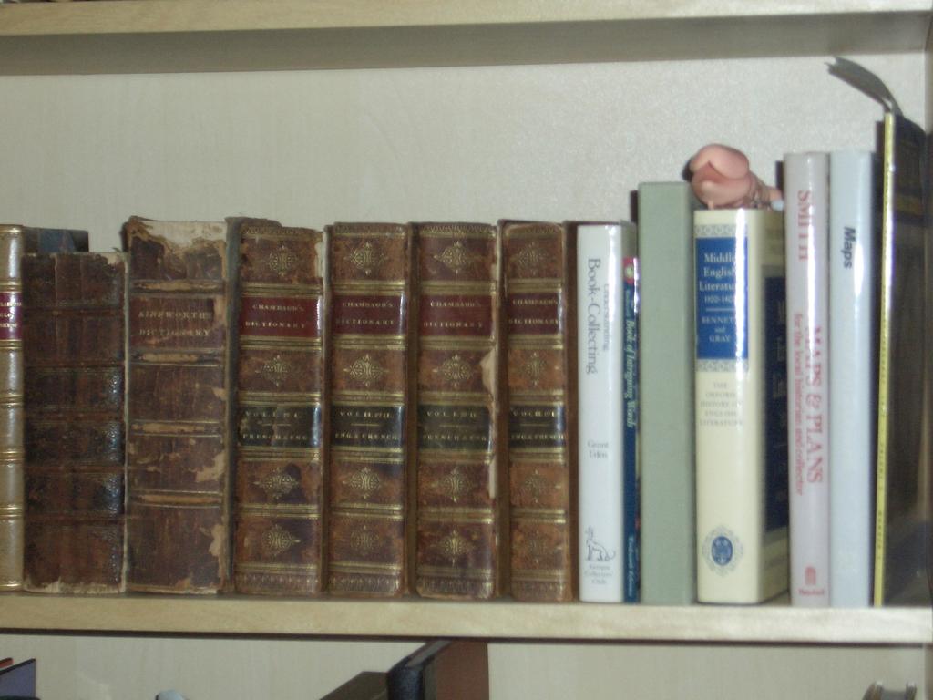 [Picture: Books 1]