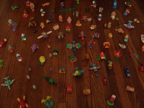 [Picture: Kinder Egg Toys 3]