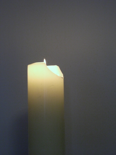[Picture: Candle 3]
