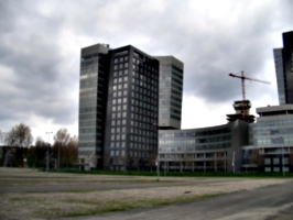 [picture: Curvy Buildings 2]