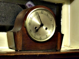 [picture: wooden clock]