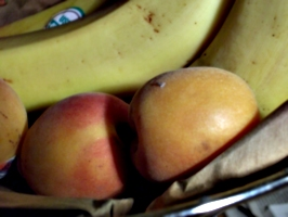 [picture: Fruit basket 3]