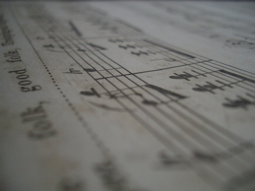 [Picture: Music close-up 2]