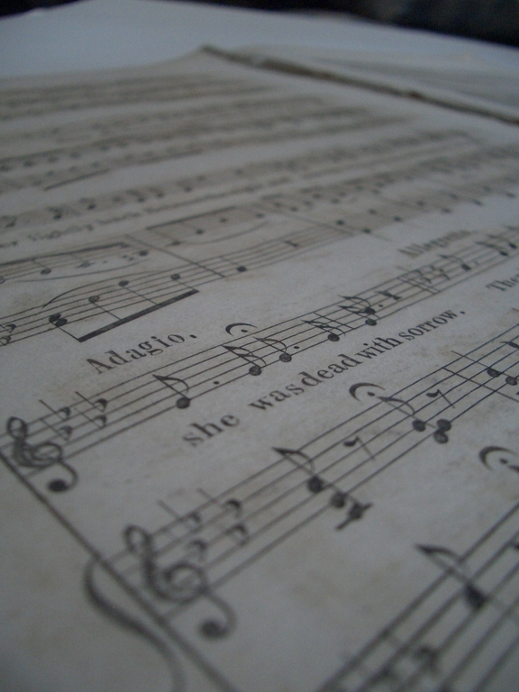 [Picture: Music close-up 3]