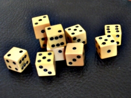 [picture: ivory gaming dice 4]