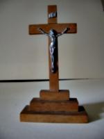 [picture: Crucifix 4]