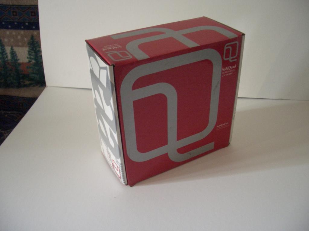 [Picture: SoftQuad sqtroff product box 2]