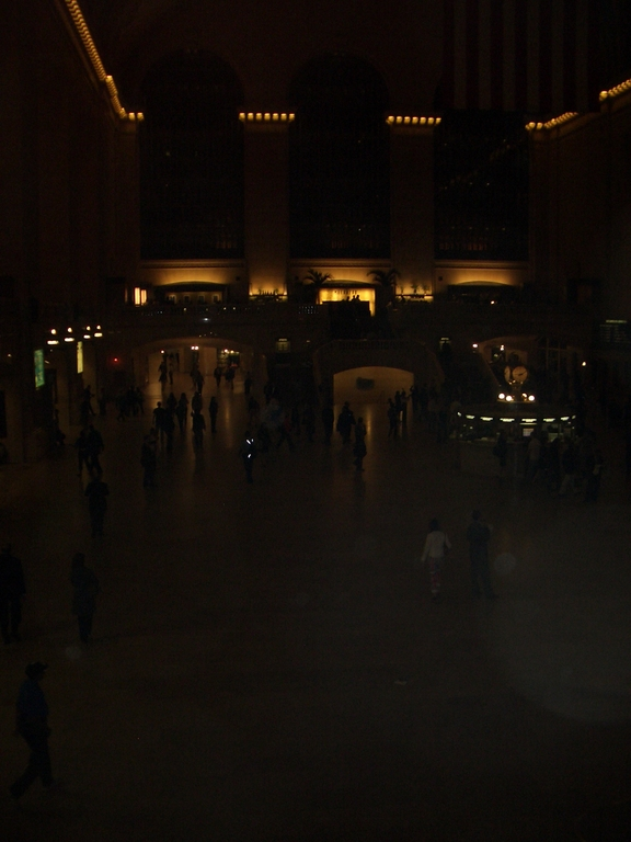 [Picture: Central Station at Night 2]