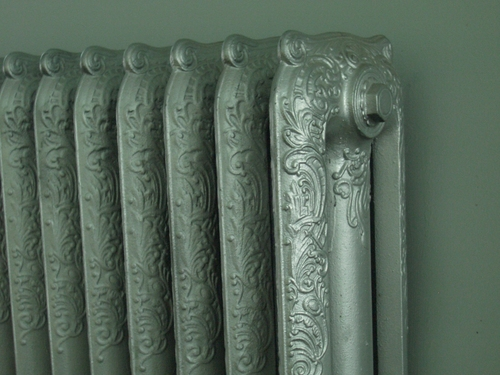 [Picture: Cast Iron Radiator]