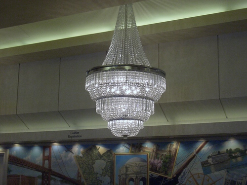 [Picture: Chandelier 3]