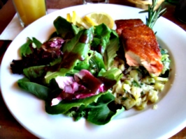 [picture: Salmon with Salad]