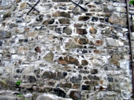 [picture: Brown stone wall]