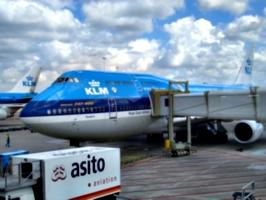 [picture: KLM aeroplane]