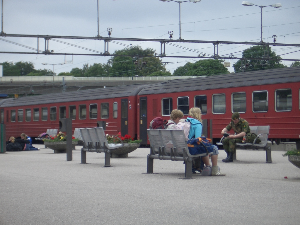 [Picture: Train at the platform]