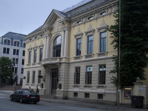 [Picture: Ornate building]