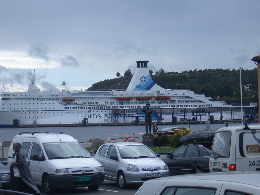 [Picture: Ferry]
