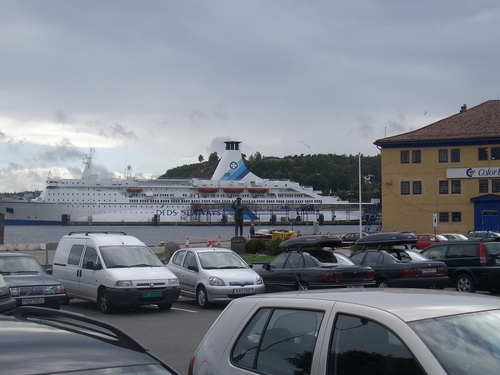 [Picture: Ferry 2]