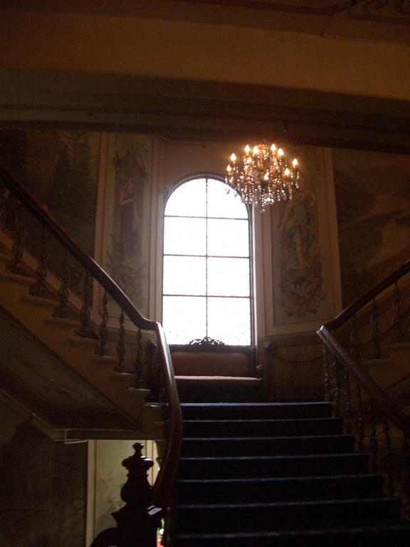 [Picture: Grand staircase]