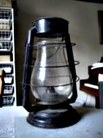 [Picture: Hurricane Lamp 2]