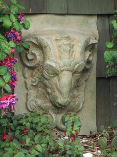 [Picture: Stone goat head]