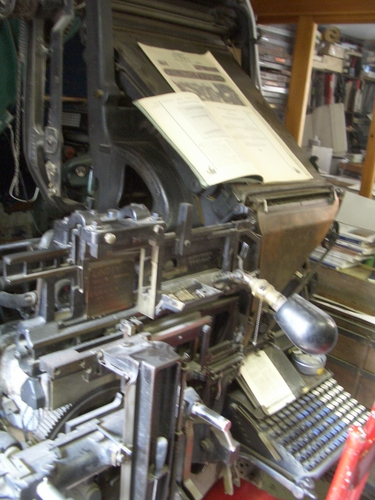 [Picture: Linotype Machine]