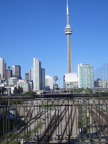 [Picture: CN Tower 3]