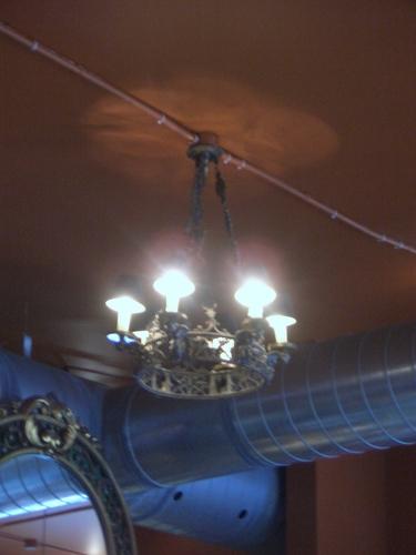 [Picture: Bright candelabra 3]