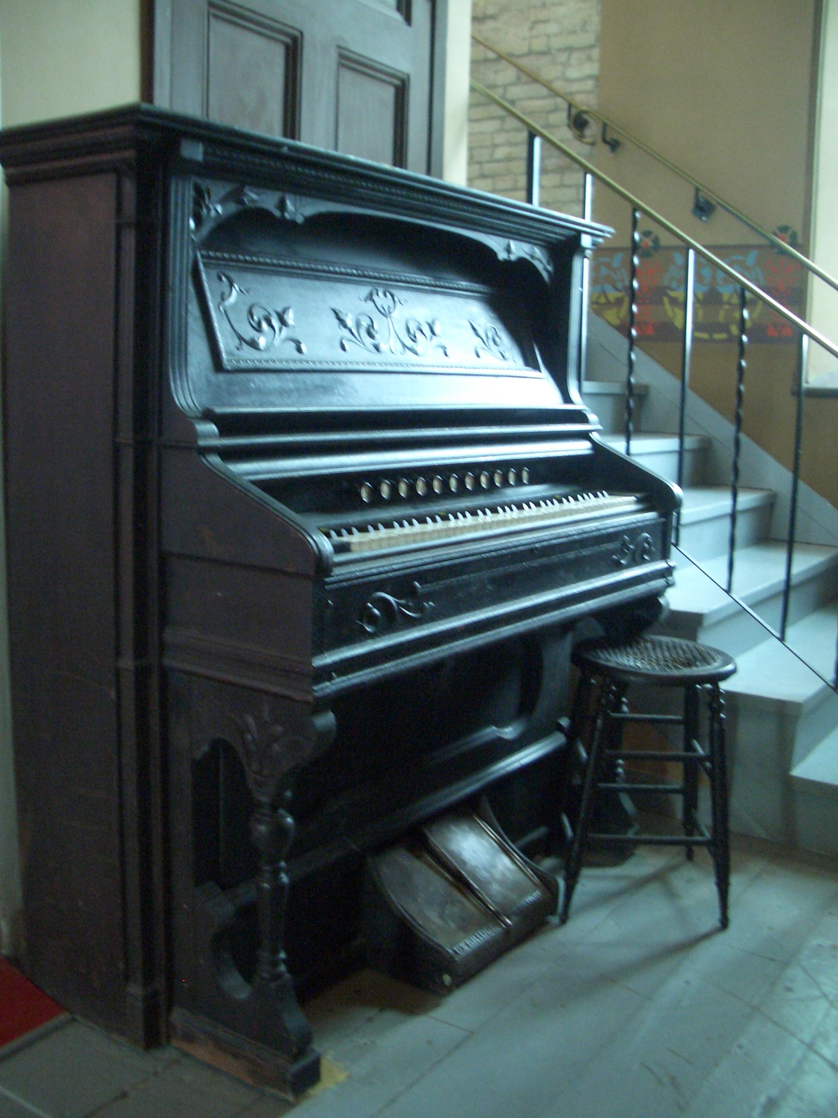 [Picture: Antique pedal organ]