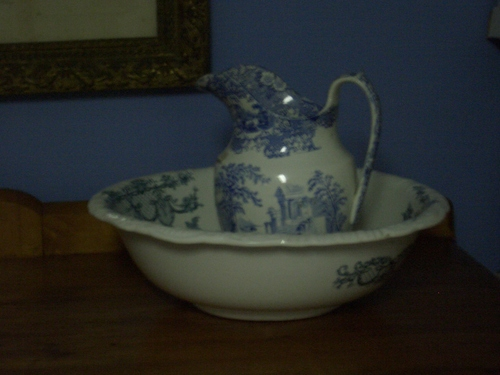 [Picture: Washstand bowl and jug]