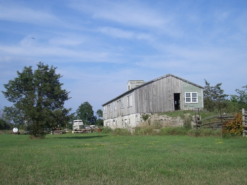 [Picture: Old barn 3]