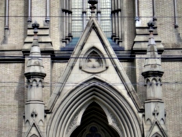 [picture: St James Cathedral vertical panorama element 8]