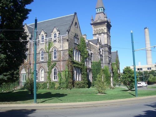 [Picture: Knox College]