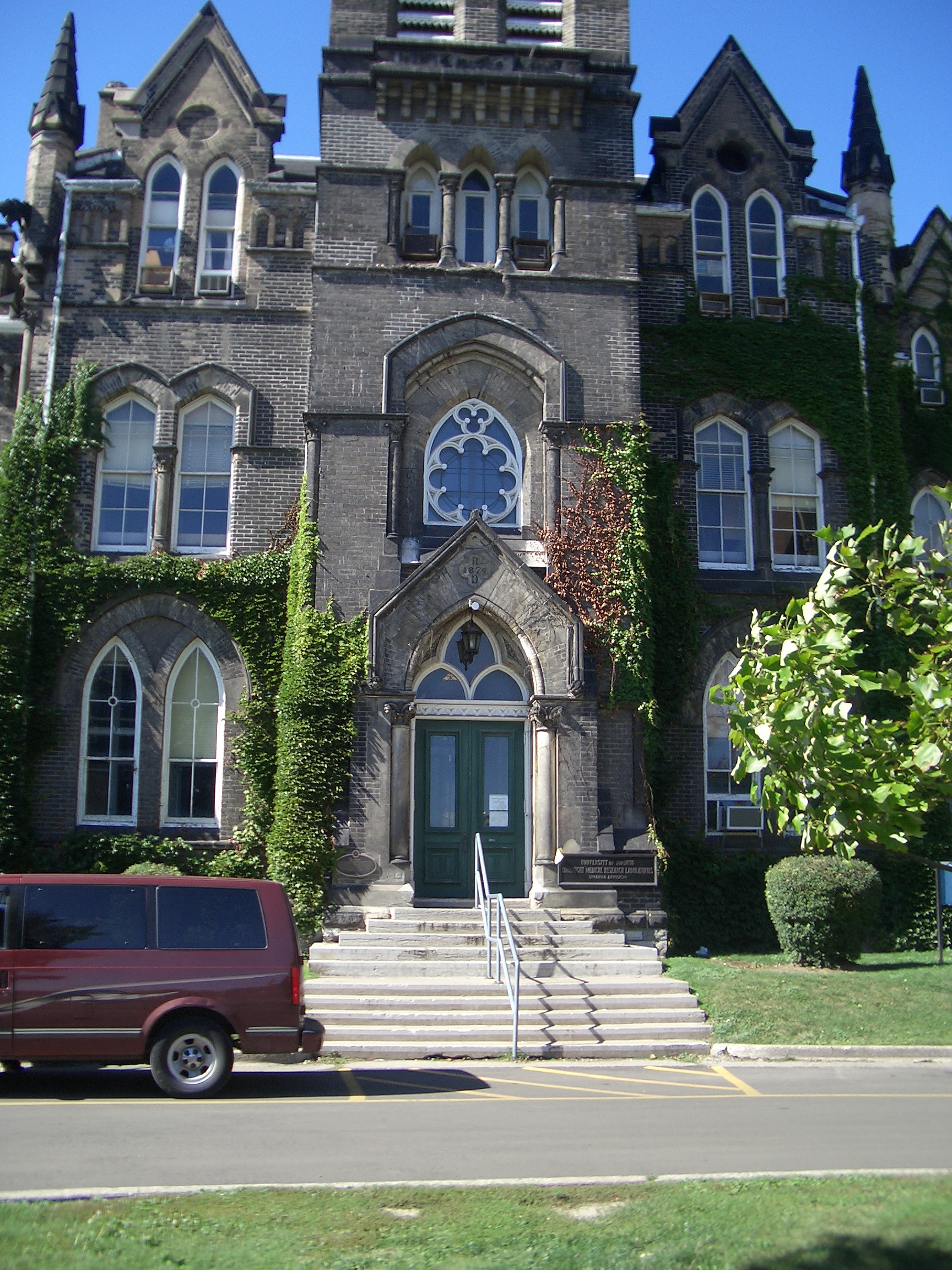 [Picture: Knox College 2]