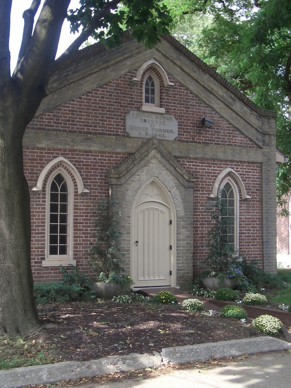 [Picture: School House 4]