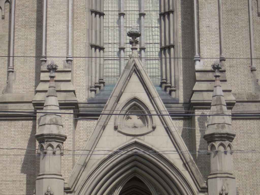 [Picture: St James Cathedral vertical panorama element 10]