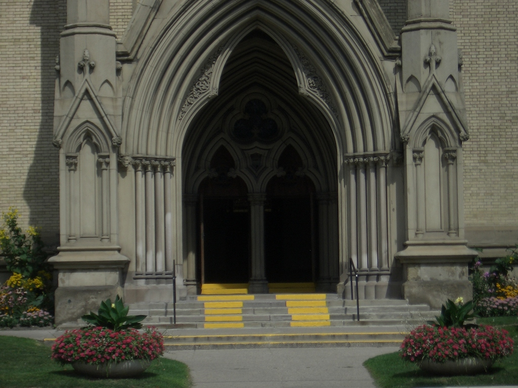 [Picture: St James Cathedral vertical panorama element 13]