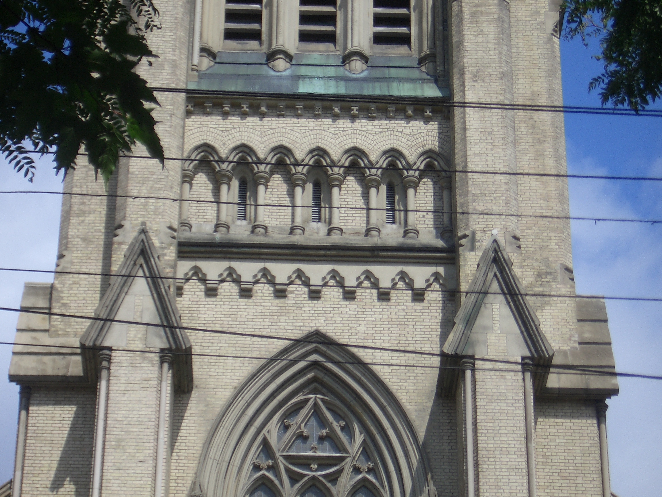 [Picture: St James Cathedral vertical panorama element 21]