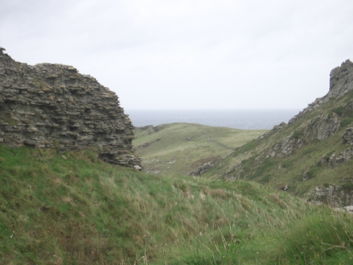 [Picture: Ruins of Tintagel Castle 2]