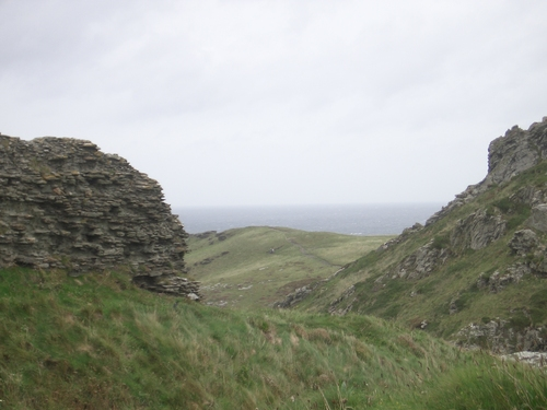 [Picture: Ruins of Tintagel Castle 3]