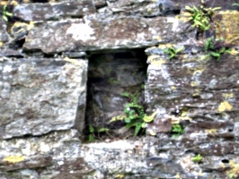 [picture: Restormel Castle 9: Beam-hole in the wall]