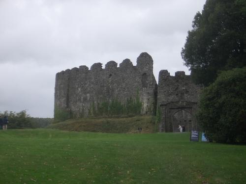 [Picture: Restormel Castle 1: entrance]