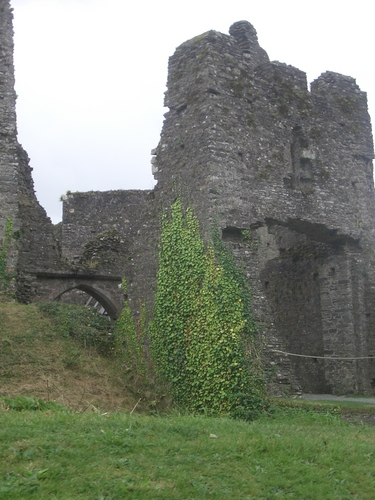 [Picture: Restormel Castle 3: The Gatehouse]